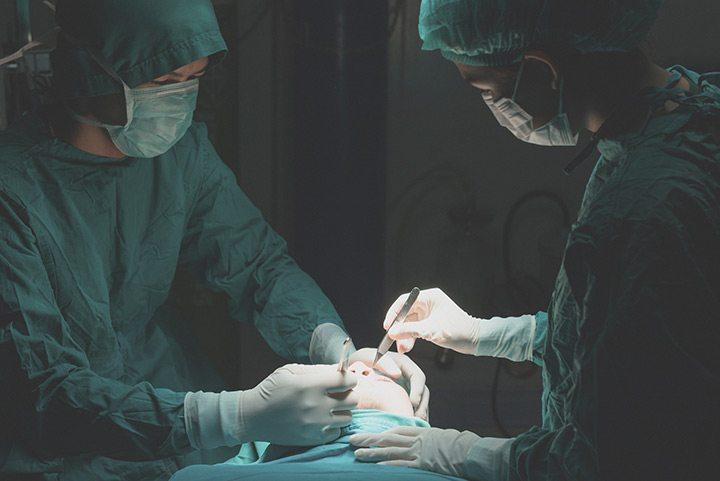 רשלנות רפואית בניתוחים פלסטיים וטיפולים אסטטיים
